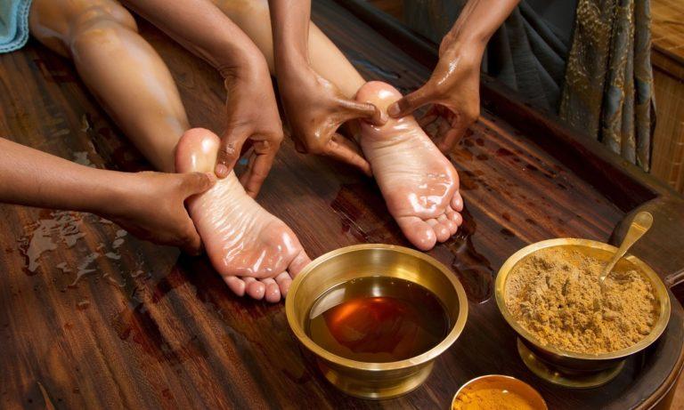 Ayurveda-Foot-Massage